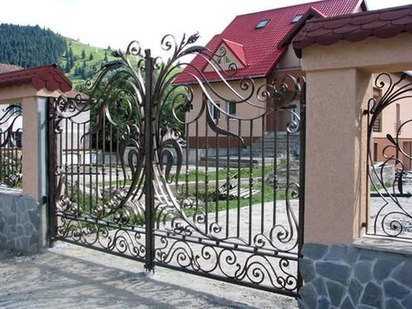 Modele Porţi şi Garduri din Fier Forjat - PG01