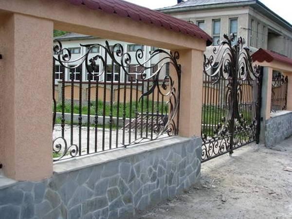 Modele Porţi şi Garduri din Fier Forjat - PG02