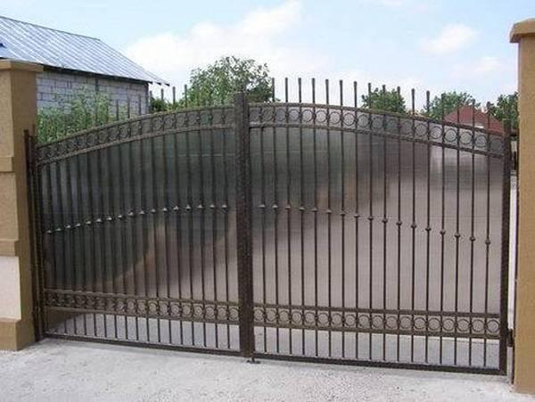 Modele Porţi şi Garduri din Fier Forjat - PG25