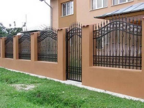 Modele Porţi şi Garduri din Fier Forjat - PG32