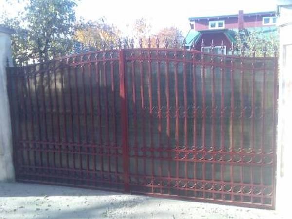 Modele Porţi şi Garduri din Fier Forjat - PG92